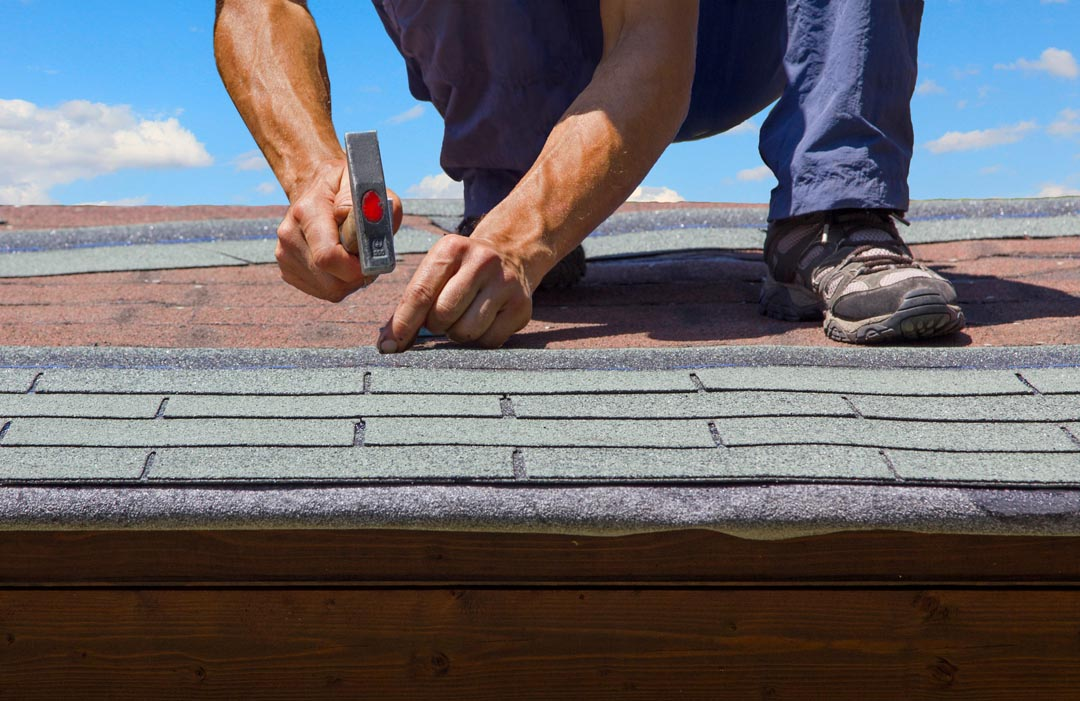 Shingles installation on a roof